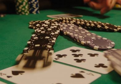 Molly's Game goes all in