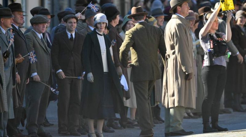 So excited! DOWNTON ABBEY trailer